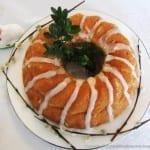 Wielkanocna babka drożdżowa szafranowo-cytrynowa