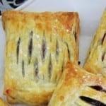 Francuskie Ciastka z Domowym Dżemem z czarnej porzeczki