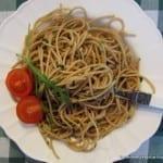 Razowe spaghetti aglio a olio (dla Biegacza)