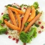 Ryż pełnoziarnisty z karmelizowanymi marchewkami i batatami