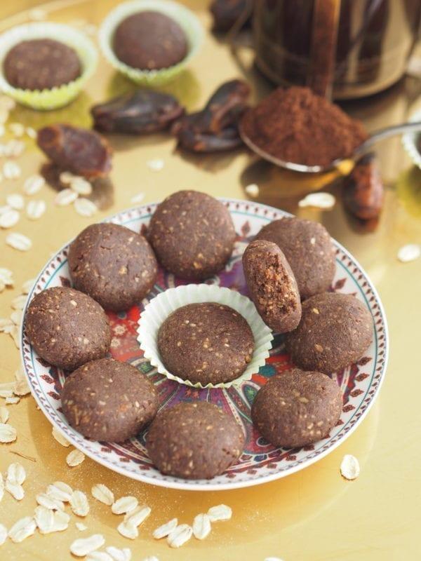 Wegańskie kawowe ciasteczka raw