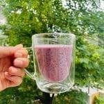 Jogurtowy koktajl śniadaniowy
